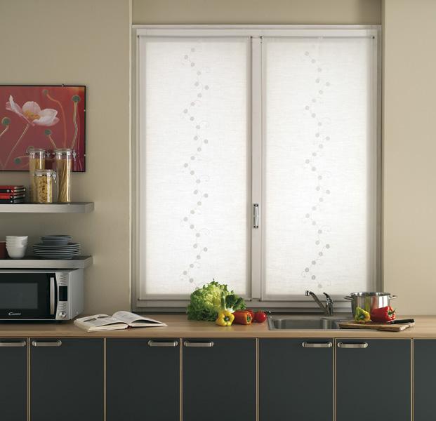 Tende per interni cucina amazing foto plisse jab with - Tendaggi cucina moderna ...
