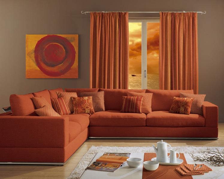 Gualtieri tendaggi rifacimento - Divano arancione ...