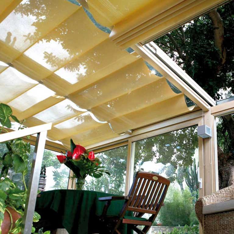 Gualtieri tendaggi home for Tende lucernari